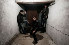 District Unknown, Heavy Metal band from Afghanistan, from left: Pedram Foushanji, Qais Shaghasi och Qasem Foushanji.