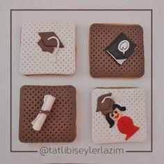 Ürünlerimizden Fotoğraflar | Tatlı Bi' Şeyler Lazım #kurabiye #cookie #fondant #gumpaste #fondantflowers #mezuniyetkurabiyesi #graduatecookie #graduate