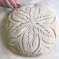 Artisan Bread Recipes, Sourdough Recipes, Sourdough Bread, Bread Art, Bread Shaping, Easy Banana Bread, Savoury Baking, Bread Rolls, Daily Bread