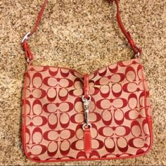 Coach bag Coach bag. Hobo style, in red 100% authentic Bags