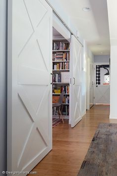 SLIDING DOORS: A small modern farmhouse by FAB Architecture we'd head over to the stables where I later returned with high school and college friends to see the horses Style At Home, Interior Barn Doors, My Living Room, My New Room, Modern Farmhouse, Modern Barn, Farmhouse Stairs, My Dream Home, Home Projects