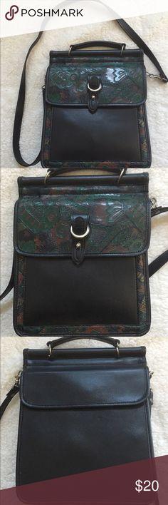 Leather Crossbody Earthy look Crossbody that has been gently worn. Bags Crossbody Bags