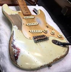 Fender Guitars – Page 2 – Learning Guitar Fender Stratocaster, Fender Relic, Fender Guitars, Strat Guitar, Used Guitars, Guitars For Sale, David Gilmore, Guitar Inlay, Cool Electric Guitars