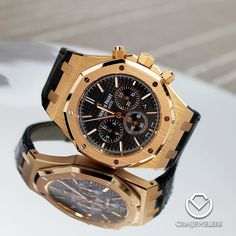 AP Chrono in Rose Gold Like New! $28000  Call or Email to Buy