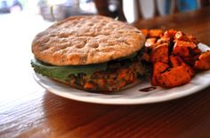 Thai Turkey Burgers loaded with veggies! Simple weeknight dinner recipe :)