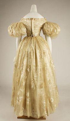 Wedding dress (image 3) | American | 1834-1839 | no medium available | Metropolitan Museum of Art | Accession Number: C.I.68.42.1a, b