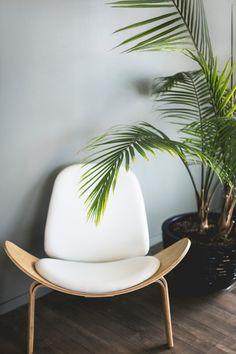 Simple Minimalist Interior Décor – Home Design Best Interior Design Websites, Interior Design Software, Interior Design Magazine, Scandinavian Interior Design, Modern Interior Design, Modern Decor, Eclectic Design, Interior Minimalista, Minimalist Interior
