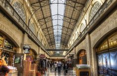 The Ferry Building, San Francisco, CA.   (http://www.andrewharper.com/blog/the-san-francisco-ferry-building/#)