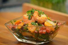 Moje Gotowanie: Sałatka warzywno-owocowa z krewetkami