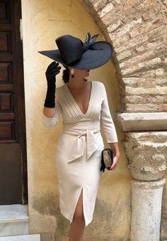 New Skirt Outfits Dressy Wedding 26 Ideas Mother Of Bride Outfits, Mother Of The Bride, Elegant Dresses, Beautiful Dresses, Wedding Hats, Wedding Wear, Wedding Bridesmaids, Trendy Wedding, Groom Dress