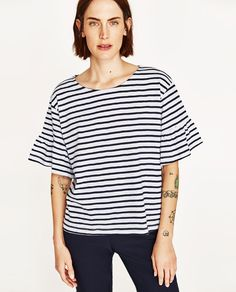 Image 2 of T-SHIRT WITH FRILLED SLEEVES from Zara