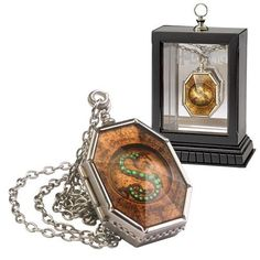 Harry Potter Horcrux - Salazar Slytherin's Locket. I want this, please and thank you.