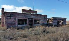 Abandoned Ella's Frontier Trading Post in Joseph City Arizona