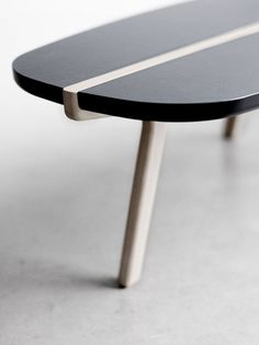 Black & white table : Fredericia Furniture