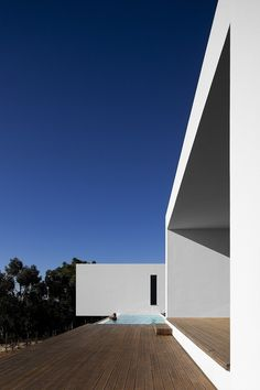 Minimalist House // U House by Jorge Graca Costa