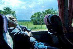 Kilka wskazówek na wygodną podróż autobusem na długich dystansach