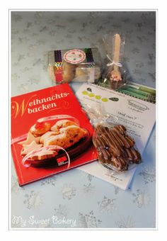Geschenk 1. Advent * Maja von Majas Little Bakery an Nadine von My Sweet Bakery * Marzipan Orangen Kugeln , Lebkuchen und Trinkschokolade, Kalender mit Rezepte und DIY sowie ein Weihnachtsbackbuch.