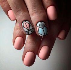 маникюр пастельных тонов на короткие ногти
