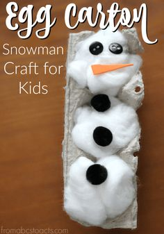 Perfect for those dreary winter days, this fun snowman craft for preschoolers is a great way to work on fine motor skills!