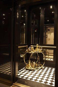 timeless elevator cab interior by Andrea Kantelberg for London on the Esplanade Office Interior Design, Luxury Interior, Interior Architecture, Interior Decorating, Elevator Door, Elevator Lobby, Hotel Interiors, Office Interiors, Elevator Design