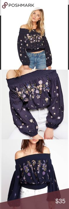 c9171cf79c8bb0 NWT free people navy off the shoulder Saachi top NWT xs free people off the  shoulder