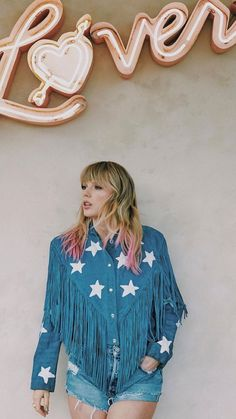 Taylor Swift Legs, Taylor Swift Outfits, Taylor Swift Pictures, Taylor Alison Swift, Taylor Swift Discography, Taylor Swift Posters, Fringe Jacket, Celebrity Crush, Going Out