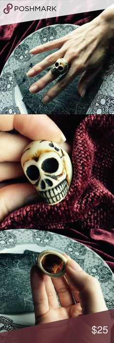 💀Carved Skull Ring💀 🎃Just in time for Halloween... or anytime if you love skulls... 💀 Hand-Painted Carved Resin Ring truly channels the design aesthetic of the Macabre with the look and feel of carved bone... Provide that extra witchy vibe to your wardrobe this Fall (or if you're like me; wear it year round just because it's awesome😉). ☠️ Jewelry Rings