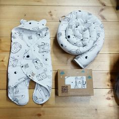 Bed set: http://www.mezoome-designs.com/_p/prd1/4497942461/product/kids-%26-toddlers-bedding-set  Sleeping bag: http://www.mezoome-designs.com/_p/prd1/3611469041/product/organic-baby-sleeping-bag