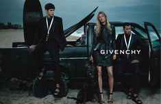 Givenchy.  I want pretty: ADS - Spring Summer 2012