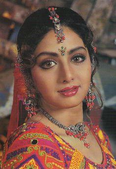 Mohdateek My favorite actors Beautiful Bollywood Actress, Most Beautiful Indian Actress, Beautiful Actresses, Indian Aesthetic, Simplicity Is Beauty, Indiana, Vintage Bollywood, Old Actress, Actress Photos