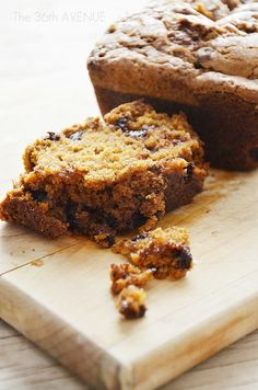 Pumpkin Bread with Chocolate and Brown Sugar Topping by the36thavenue.com