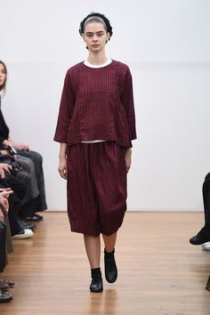 Cut and stripe Comme des Garçons Comme des Garçons Spring 2016 Ready-to-Wear Fashion Show