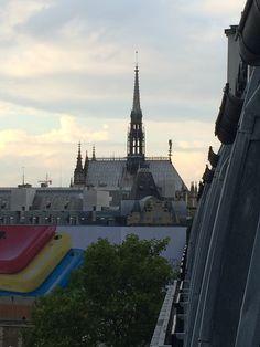 A view of Sainte-Chappelle on the Île de la Cité #france #paris #travel #monuments