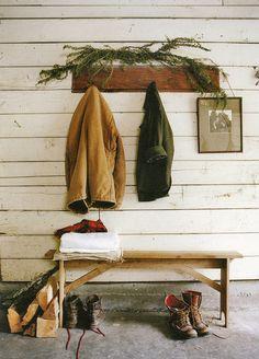De winter komt er aan, dus #laarzen van #Lechameau aan waxjas aan over je #Daleofnorway van Stoer Menswear & Lifestyle