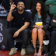 Drake and Rihanna Rhianna And Drake, Rihanna Et Drake, Rihanna Riri, Rihanna Outfits, Rihanna Style, Only Drake, Aubrey Drake, Sanaa Lathan, Toni Braxton