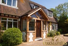 Building A Porch, Building A House, Porch Styles, House Styles, Sas Entree, Enclosed Porches, Front Porches, Porch Kits, Porch Ideas