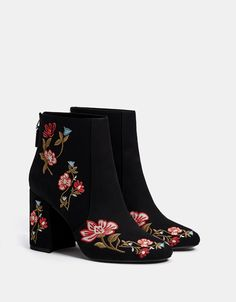 Boots & Ankle boots - SHOES - WOMAN - Bershka United States