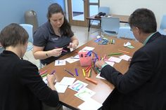 Art Therapy at Medical Center, Navicent Health helps cancer patients - 41 NBC News What Is Art Therapy, Creative Arts Therapy, Medical Art, Career Development, Nbc News, Medical Center, Psychology, Cancer, Group