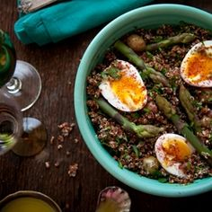 red quinoa salad with asparagus and eggs