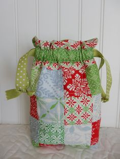 Quick Quilted Christmas Gifts to Stitch Soon