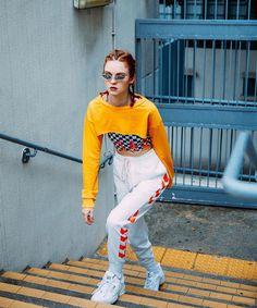 52fa530e42a6ff Fab fashion poses #fashionposes Tokyo Fashion, Dope Fashion, Sport Fashion,  Korean Fashion