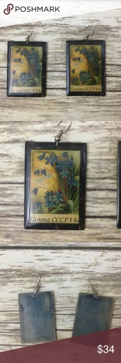 Vintage 80s Earrings These are beautiful unique earrings.   They might be international stamps but I'm not totally sure.  They even have a beautiful sparkle on the frame and coming from the flowers. Jewelry Earrings