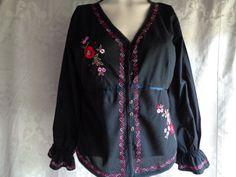 Vintage blouse embroidered black cotton petite by vintagewayoflife
