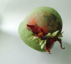 Hüte - Filzhut Cloche handgefilzt SeptemberWald - ein Designerstück von SweetDecor bei DaWanda