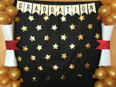 Easy centerpieces + Ornaments + Graduation Decoration 2019 - New Deko Sites 5th Grade Graduation, Graduation Crafts, Graduation Party Planning, Kindergarten Graduation, Graduation Decorations, Graduation Party Decor, School Decorations, Graduation Photos, Grad Parties