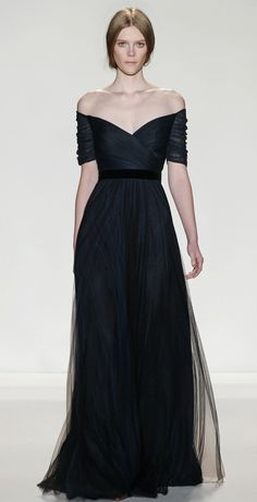 Kate Middleton - Jenny Packham ink blue silk gown worn October 2013 for 100 Women in Hedge Funds dinner Jenny Packham, Bridesmaid Dresses, Prom Dresses, Formal Dresses, Wedding Dresses, Dresses 2016, Long Dresses, Wedding Bridesmaids, Vestidos Sexy