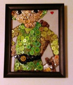 This is a pretty awesome cartoon-style Link... done in buttons! via[Pinterest]
