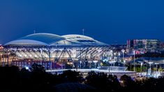 ROSSETTI designed a new retractable roof over Arthur Ashe Stadium at the National Tennis Center, which is an architectural innovation. Global Tv, Arthur Ashe, Schematic Design, Engineering Firms, Tennis Center, Steel Columns, City That Never Sleeps, Audio System, Skyscraper
