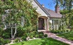 Scott Cooper Upgrades To Pacific Palisades Traditional