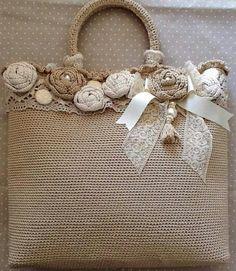 . Crochet Tote, Crochet Handbags, Crochet Purses, Diy Crochet, Handmade Handbags, Handmade Bags, Tissu Style Shabby Chic, Lace Bag, Flower Bag